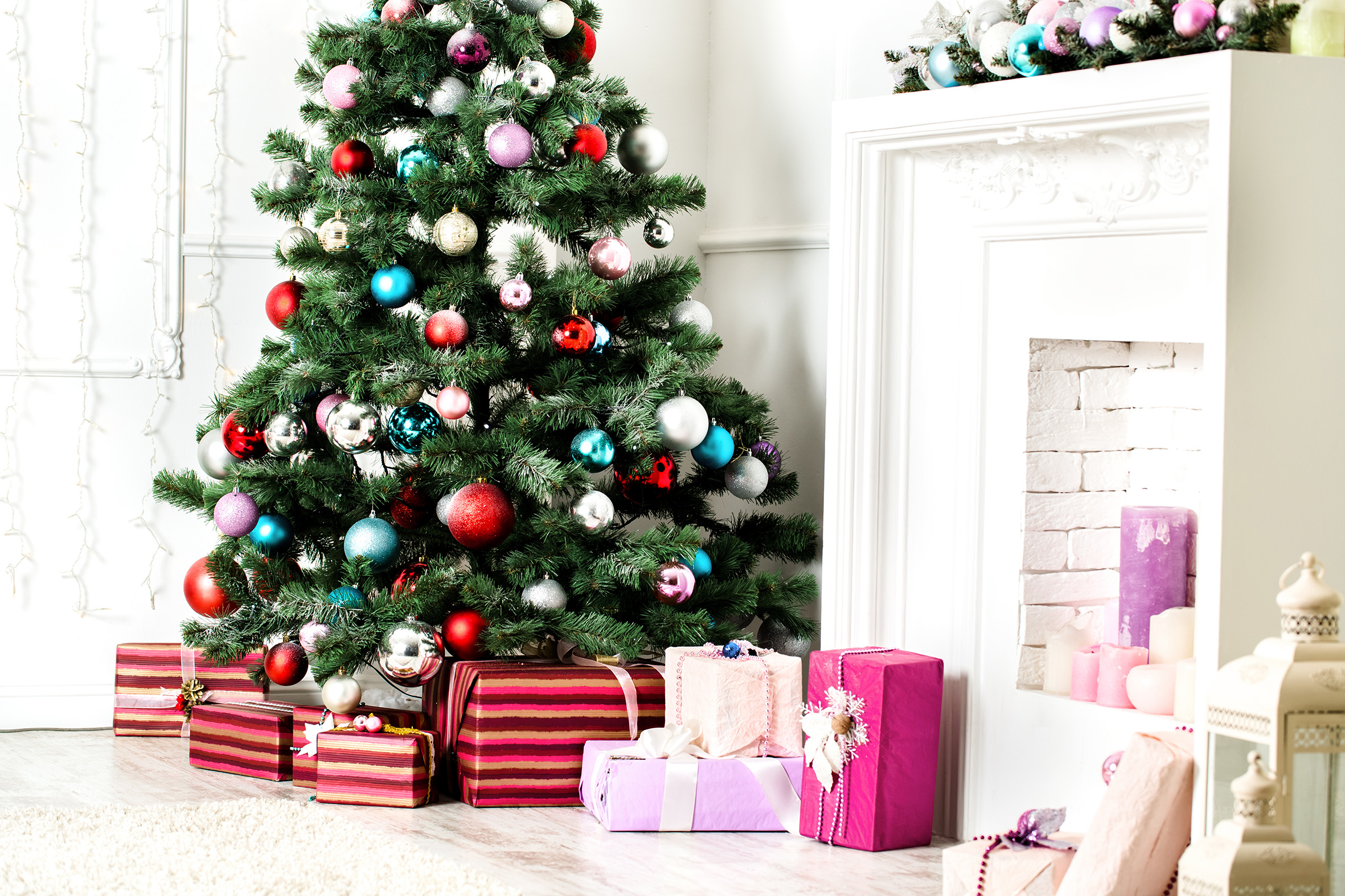 WIN a £25 voucher with our Christmas Tree Competition